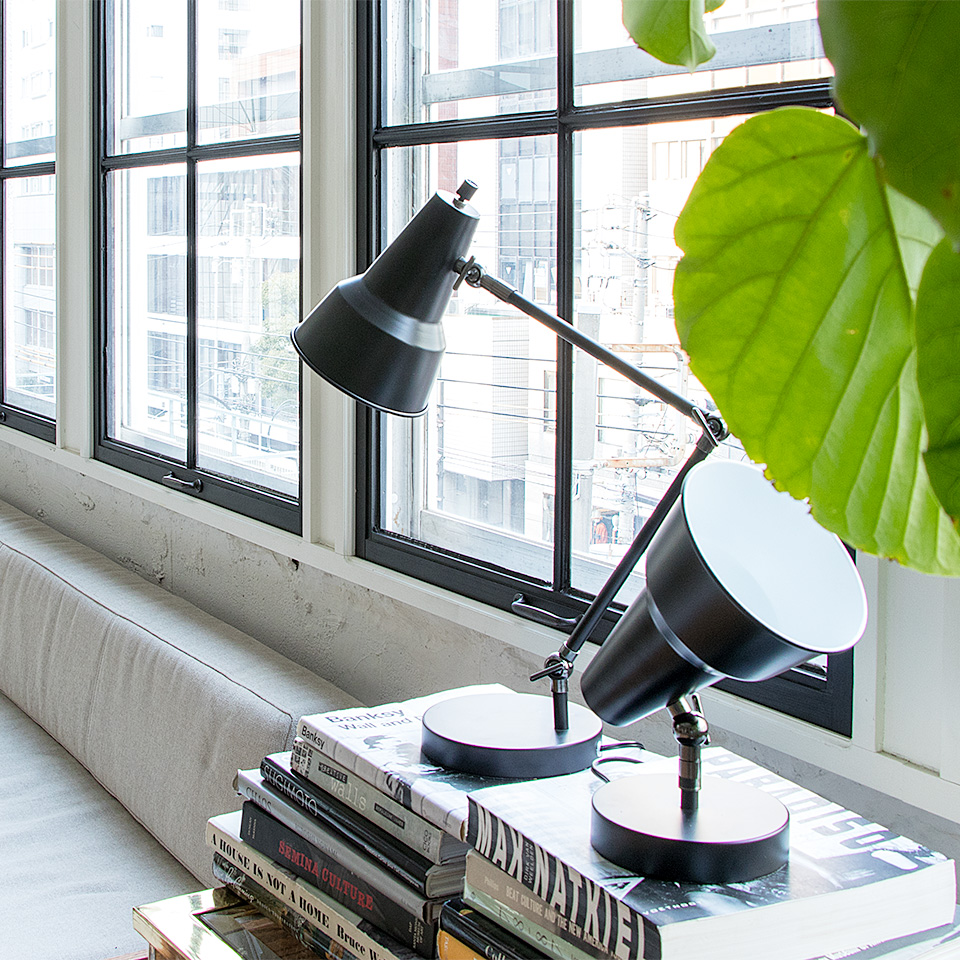 【送料無料】照明 ライト 1灯 デスクライト LED 電球 リモコン 付き おしゃれ 照明器具 天井照明 北欧 ハンギング 和室 和風 カフェ 階段 トイレ 玄関 寝室 モダン ダイニング用 インテリア 電気1 運動会
