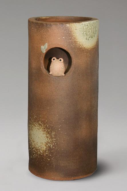 傘立て 陶器 信楽焼 火色小窓蛙 傘立 かわいい