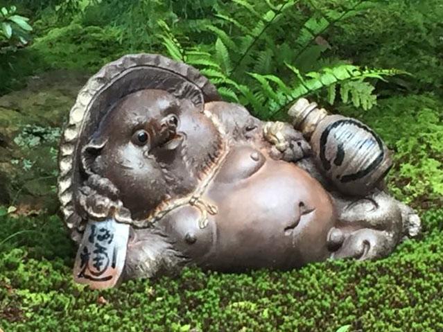 寝狸 20号信楽焼 陶器 置物 たぬき タヌキ彩り屋