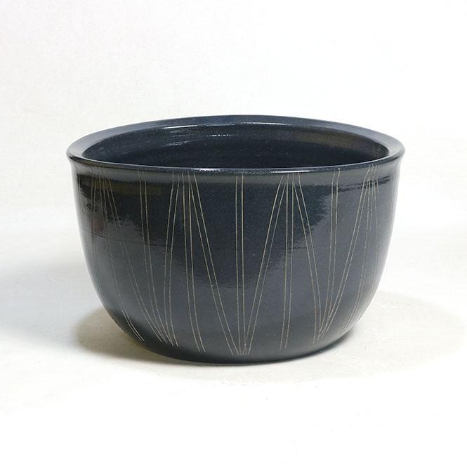 睡蓮鉢 メダカ鉢 黒楕円立線水鉢 信楽焼 めだか鉢 水鉢 金魚鉢 ビオトープづくりに 水蓮鉢 すいれん鉢 彩り屋_
