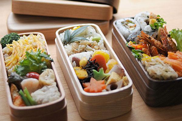 弁当箱 木目 日本製 北欧テイスト ウォルナットランチボックス ナノコート 食洗機対応 くりぬき弁当箱 ランチボックス 高級感 お弁当箱彩り屋