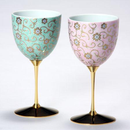 ペアワインカップ 五彩唐草 緑桃彩 九谷焼 ワイングラス