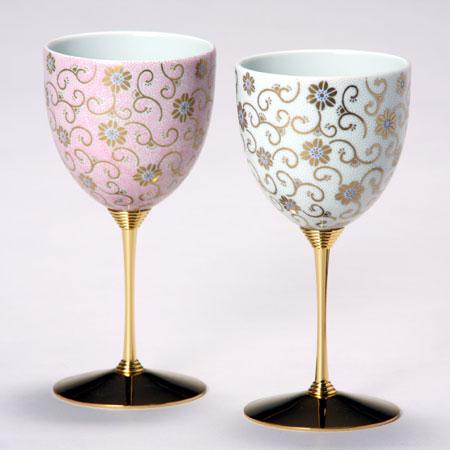 ペアワインカップ 五彩唐草 桃白彩 九谷焼 ワイングラス