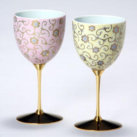 ペアワインカップ 五彩唐草 桃黄彩 九谷焼 ワイングラス