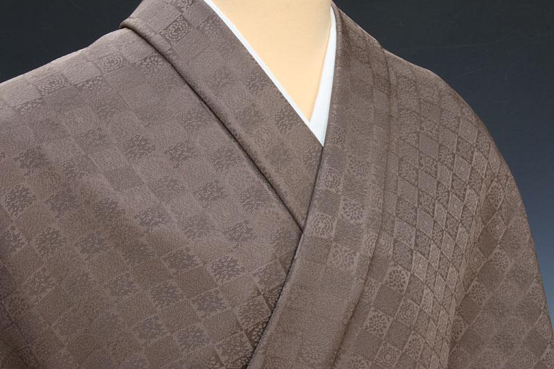 色無地 日本伝統御裂 遠州緞子石畳唐花七宝文 錆茶