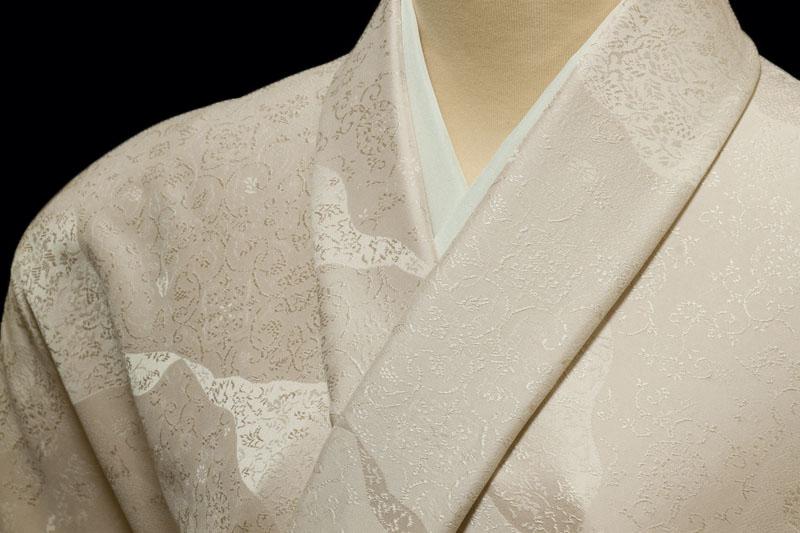 色無地 日本伝統御裂 道長取鳥獣草花文 紅桜色