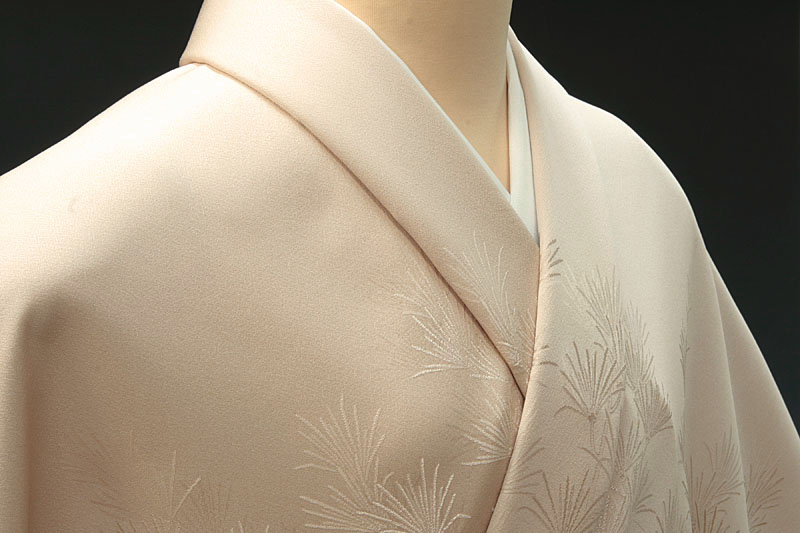 色無地 付け下げ柄 高野槙 灰桜色【反物1反・正絹胴裏1枚・正絹縫取共色八掛1枚のセット】