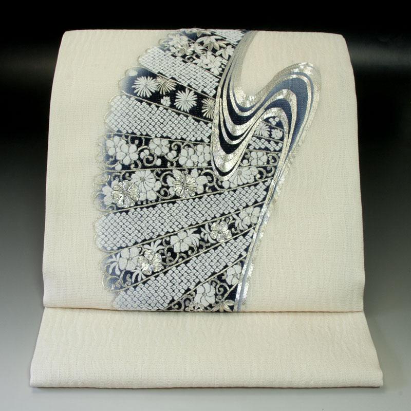 刺繍 袋帯 流水花扇文
