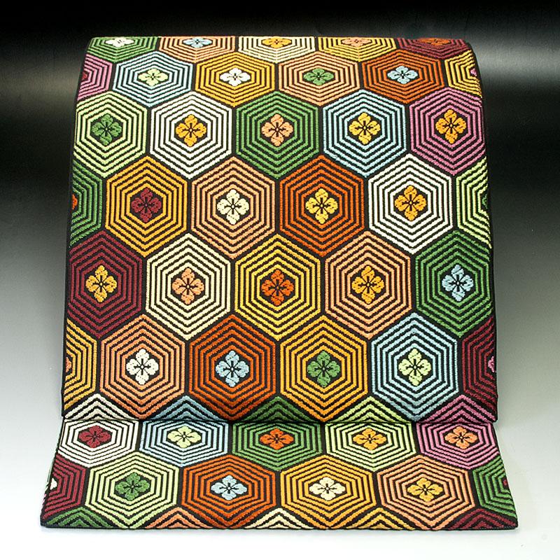 西陣川島織物 袋帯 亀甲花菱文