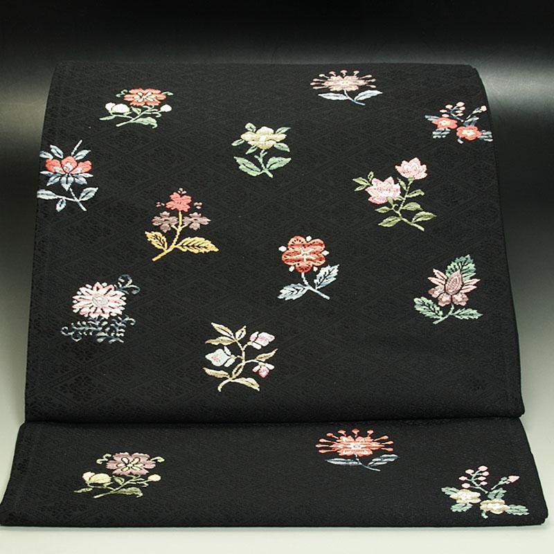 西陣山口織物袋帯 斜々子(ななこ)地更紗文花(黒)