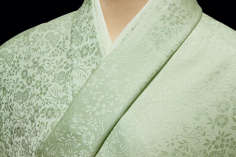 色無地 特選6Aシルク 紋意匠 四季草花文 薄緑【反物1反・正絹胴裏1枚・正絹共色別八掛1枚のセット】