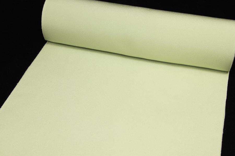 色無地 丹後縮緬 小シボ 明るく淡いグリーン【反物共八掛付1反・正絹胴裏1枚のセット】