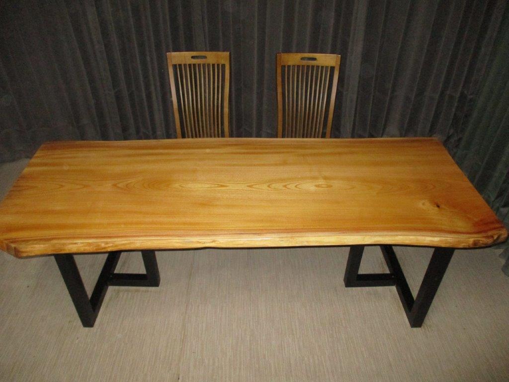 一枚板無垢のテーブルです 豪華テーブル 食卓机 おしゃれ W-071■ 欅 ケヤキ 日本最大級の品揃え 一枚板 《週末限定タイムセール》 ダイニングテーブル ローテーブル 無垢一枚板 天板 テーブル 木製テーブル インテリア 座卓 送料無料 家具 ダイニング カウンター 1枚板 無垢材