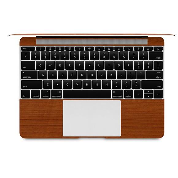 【ネコポス送料無料】MacBook 12インチのパームレストの手汗汚れ、傷、ヒンヤリ感をお洒落に解決!【12インチ ウッド調プレミアムスキンシール】【チーク】
