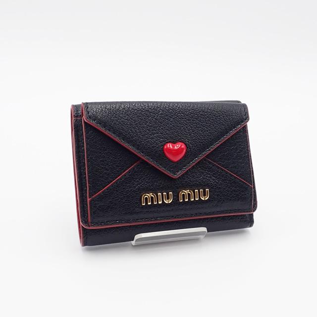 【中古】【辛口評価】【Aランク】MIU MIU ミュウミュウ マドラスレザー 三つ折り財布 5MH021 ブラック