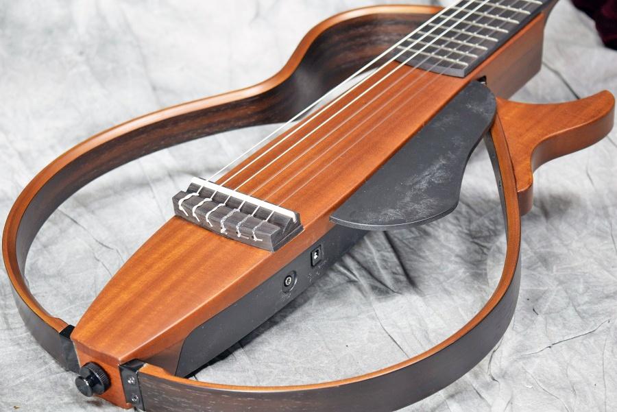 YAMAHA ヤマハ / SLG200N NT(ナチュラル) サイレントギター ナイロン弦仕様 【福岡パルコ店】