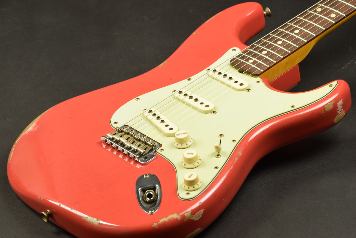Fender Custom Shop / 2016 Custom Collection 1961 Stratocaster Relic Fiesta Red 【S/N CZ529059】【池袋店】