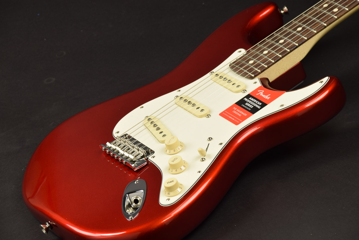 Fender USA / American Professional Stratocaster Rosewood Fingerboard Candy Apple Red 【S/N US17041174】【池袋店】