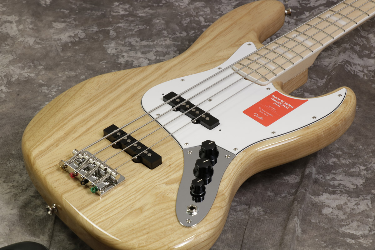 Fender / Made in Japan Traditional 70s Jazz Bass Maple Fingerboard Natural 【S/N:JD18002670】【池袋店】