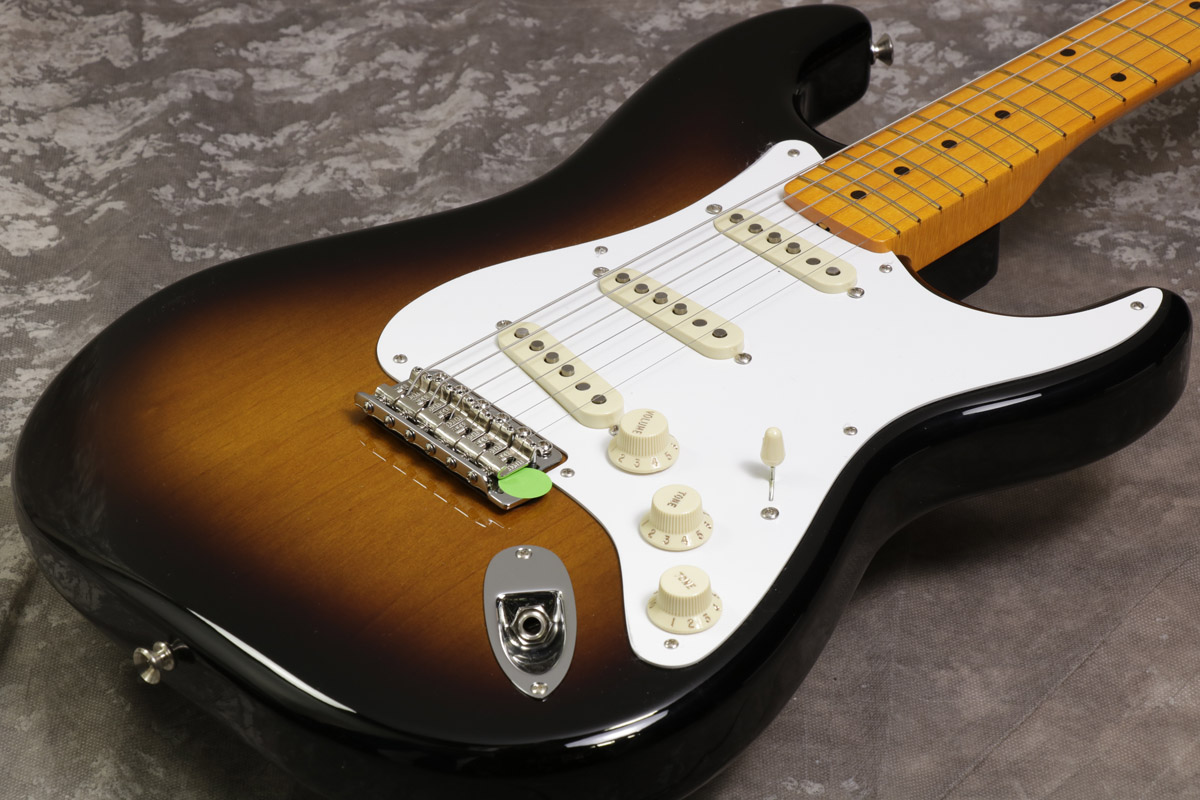 Fender / The Classic Series '50s Stratocaster Lacquer 2-Color Sunburst / Maple Fingerboard 【S/N MX18015054】【池袋店】