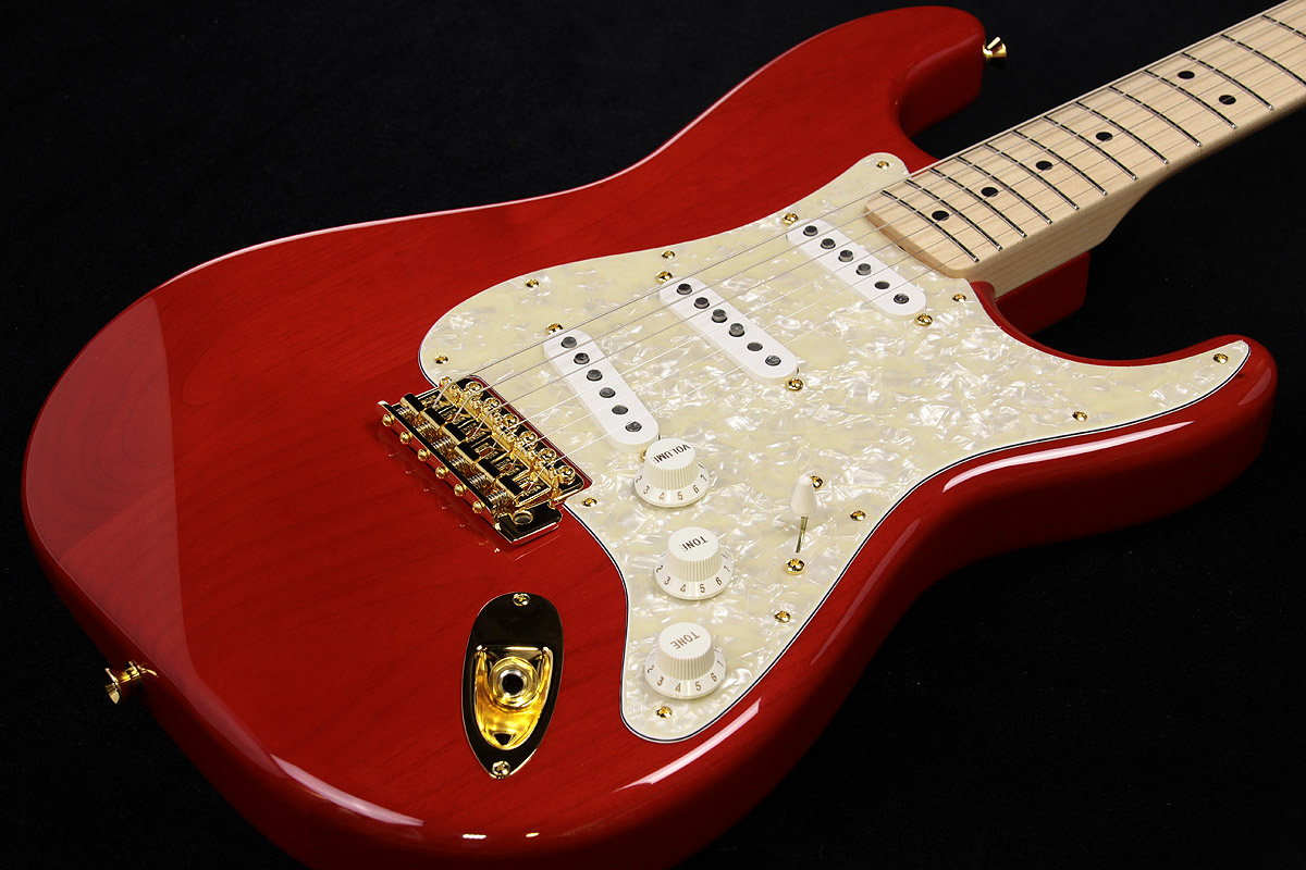 Fender / MAMI STRATOCASTER Custom Red 【SCANDAL MAMIシグネイチャーモデル】【渋谷店】