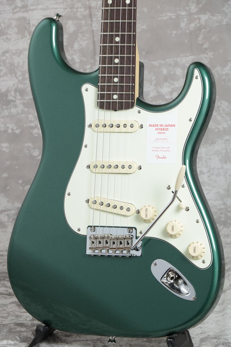 期間限定】 Fender / Made in Japan Hybrid 60s Stratocaster