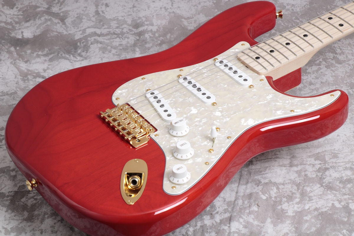 Fender / MAMI STRATOCASTER Custom Red 【SCANDAL MAMIシグネチャーモデル】【御茶ノ水本店】