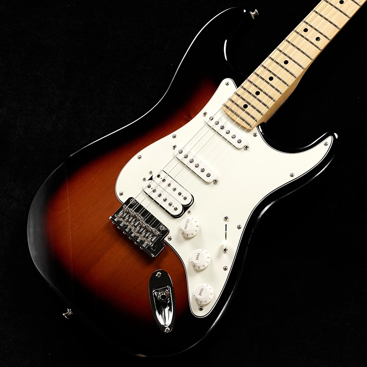Fender / Player Series Stratocaster HSS 3-Color Sunburst/Maple Fingerboard 【渋谷店】