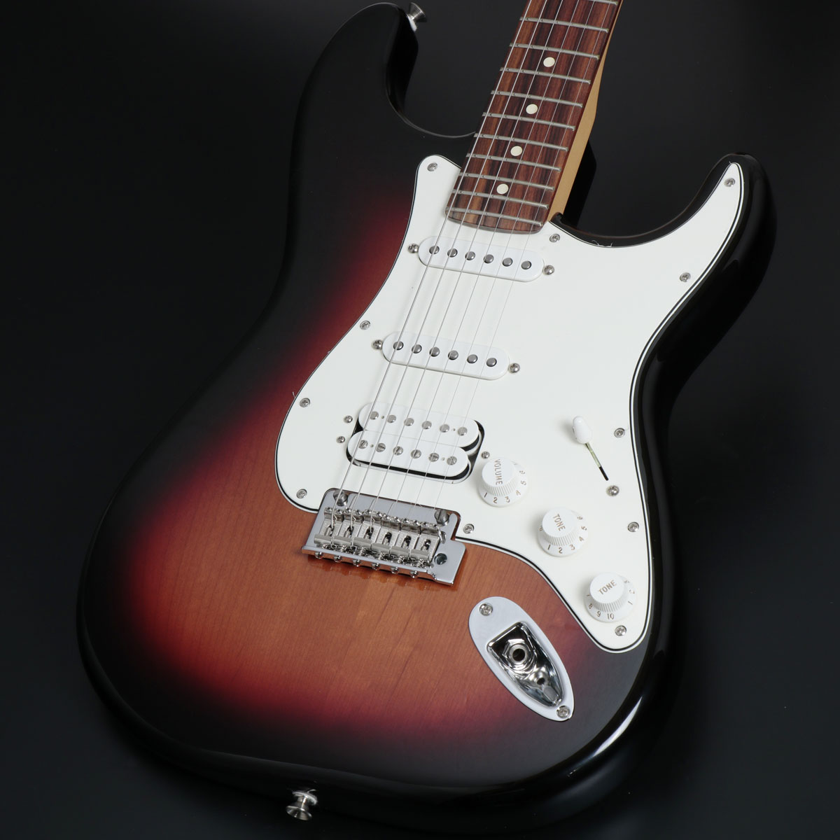 Fender / Player Series Stratocaster HSS 3 Color Sunburst Pau Ferro【御茶ノ水本店】