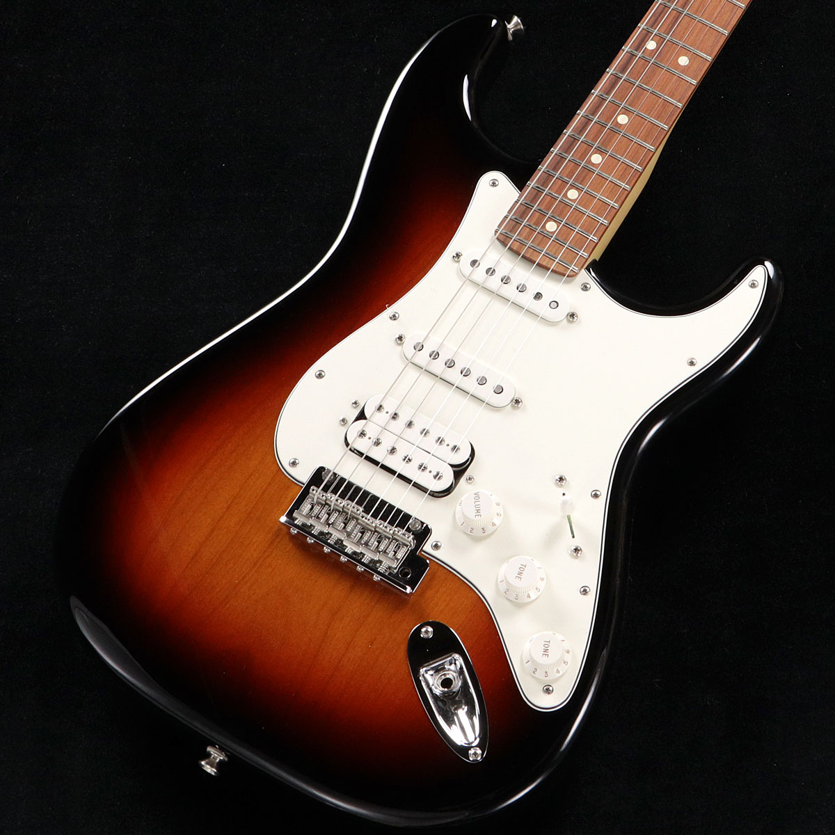 Fender / Player Series Stratocaster HSS 3 Color Sunburst Pau Ferro【渋谷店】