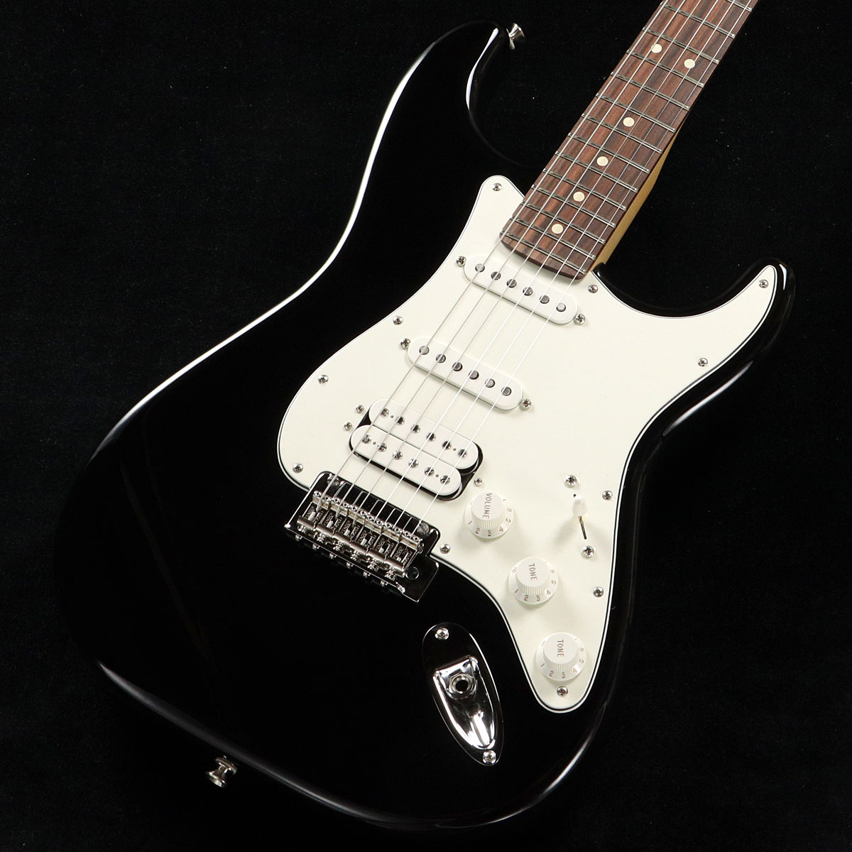 Fender / Player Series Stratocaster HSS Black Pau Ferro【渋谷店】