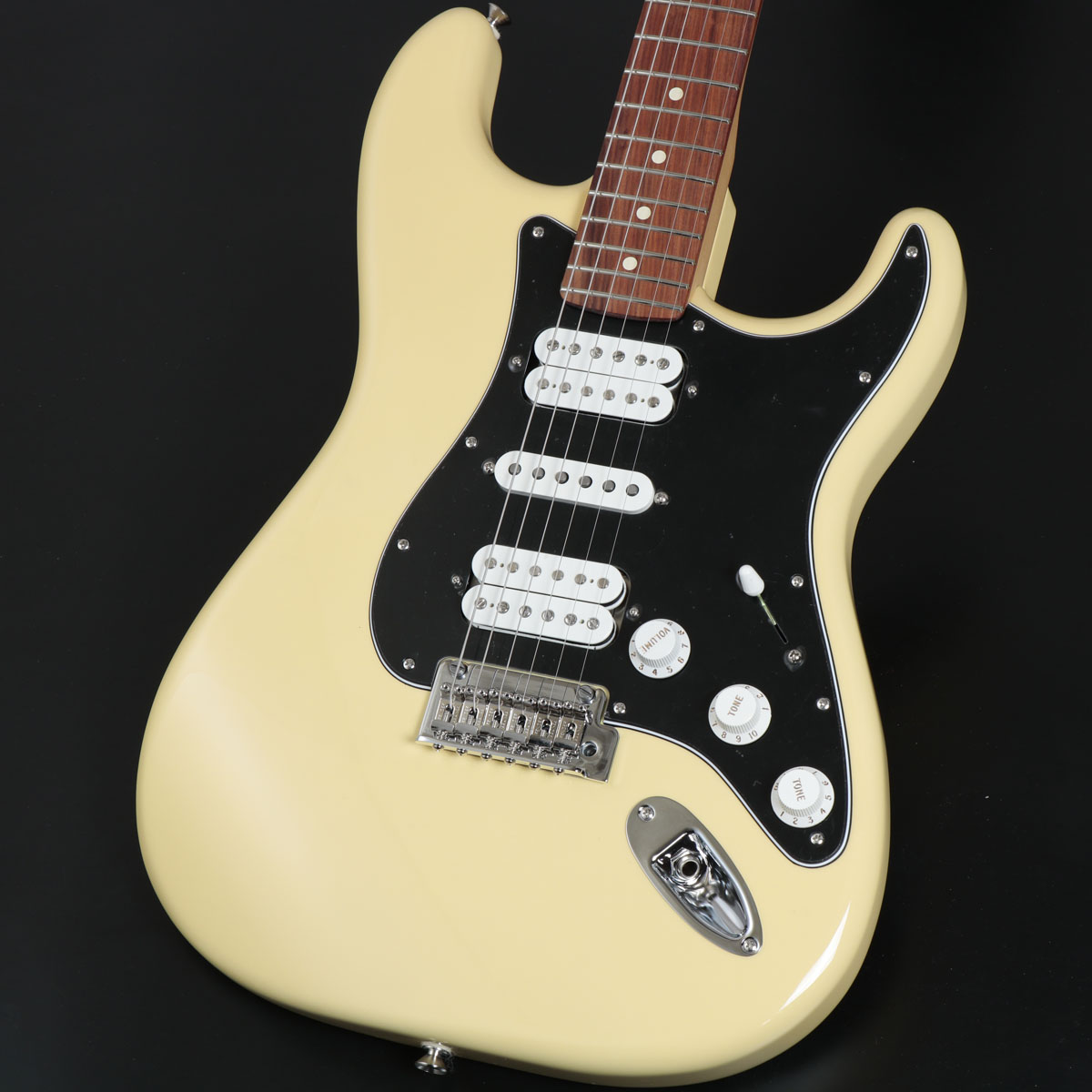 Fender / Player Series Stratocaster HSH Buttercream Pau Ferro Fingerborad フェンダー【安心2年保証】【御茶ノ水本店】
