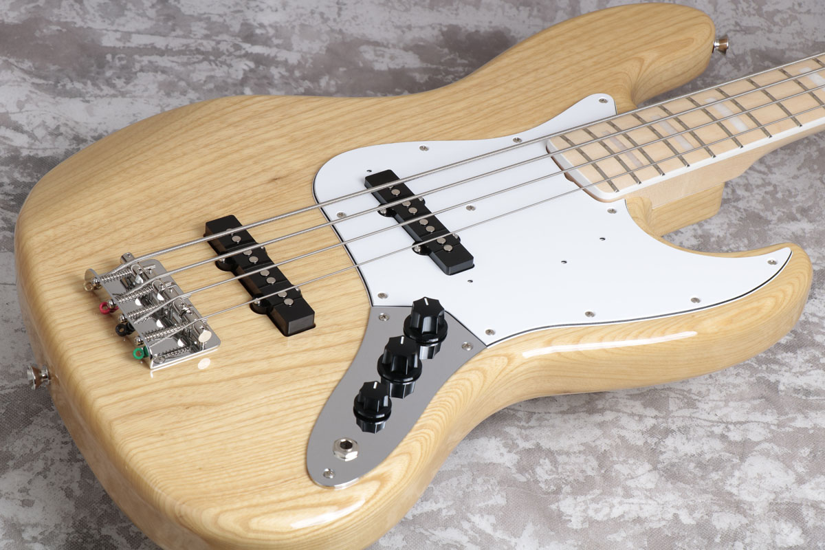 Fender / 2017 Made in Japan Traditional 70s Jazz Bass Natural/Maple Fingerboard 【梅田店】