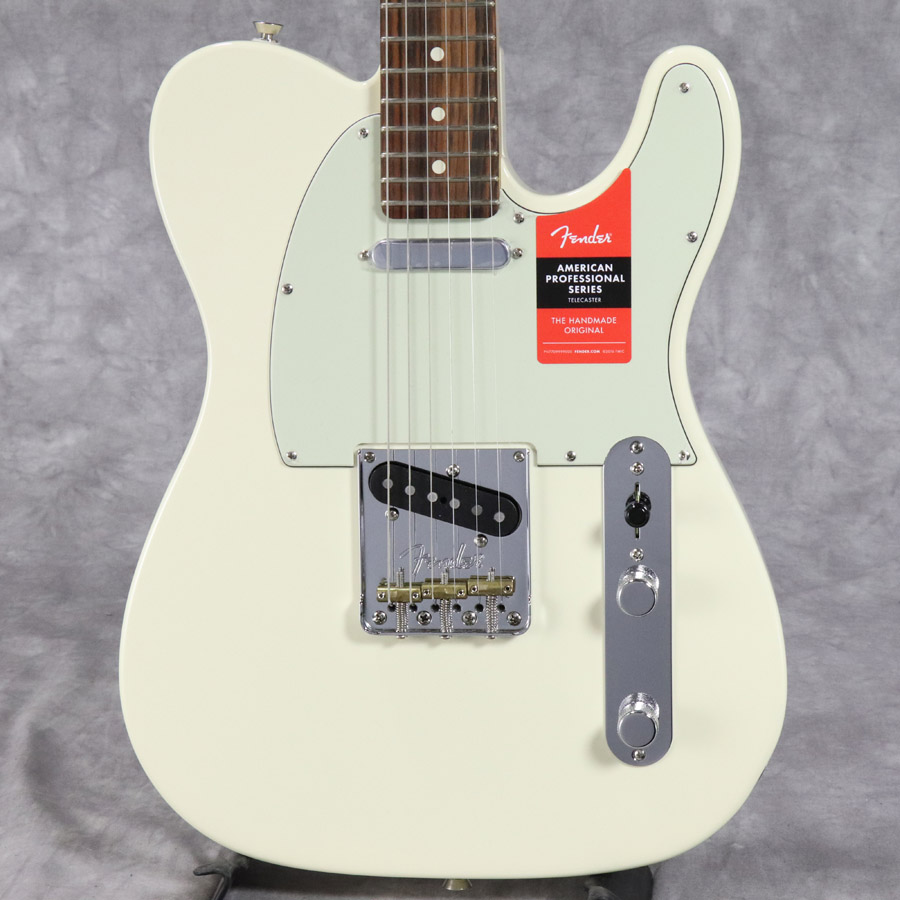 Fender USA / American Pro Telecaster Olympic White Rosewood Fingerboard 【梅田店】