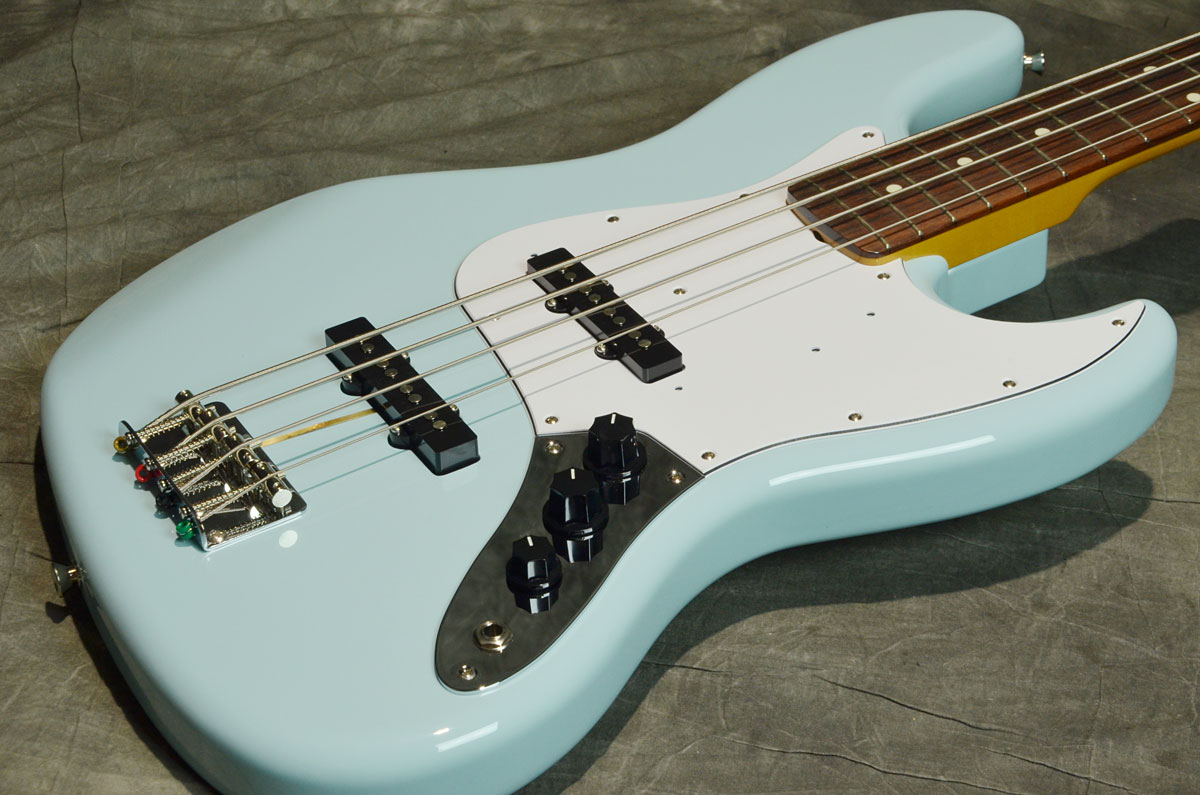 Fender / Made in Japan Traditional 60s Jazz Bass Sonic Blue/Rosewood Fingerboard フェンダー エレキベース【横浜店】