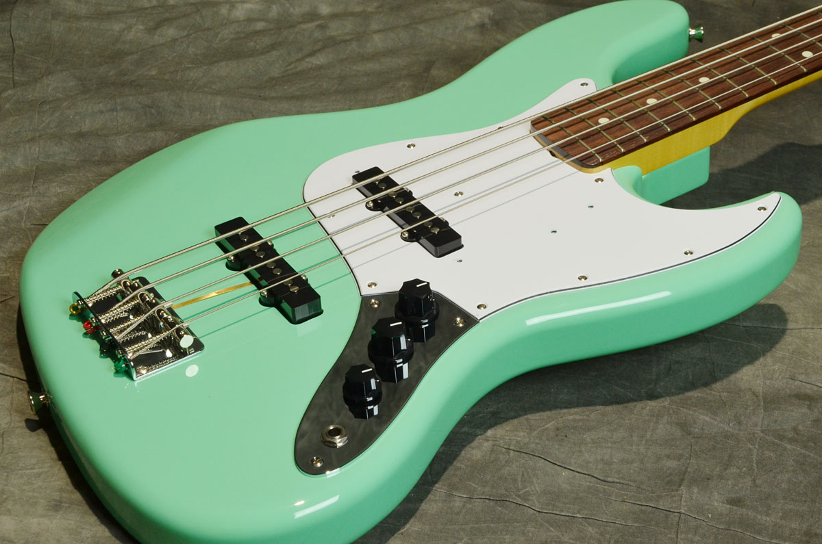 Fender / Made in Japan Traditional 60s Jazz Bass Surf Green/Rosewood Fingerboard フェンダー エレキベース【横浜店】