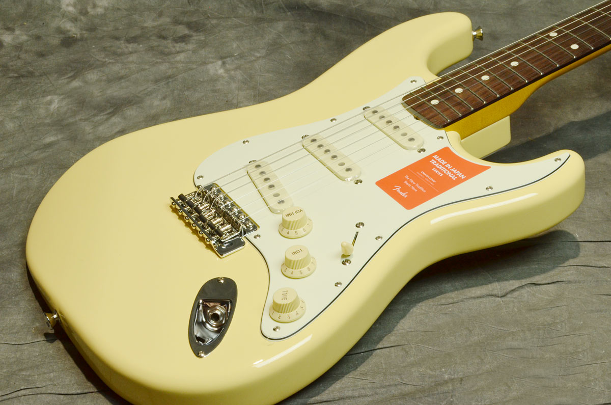 Fender / Made in Japan Traditional 60s Stratocaster Limited Run Vintage White 【横浜店】
