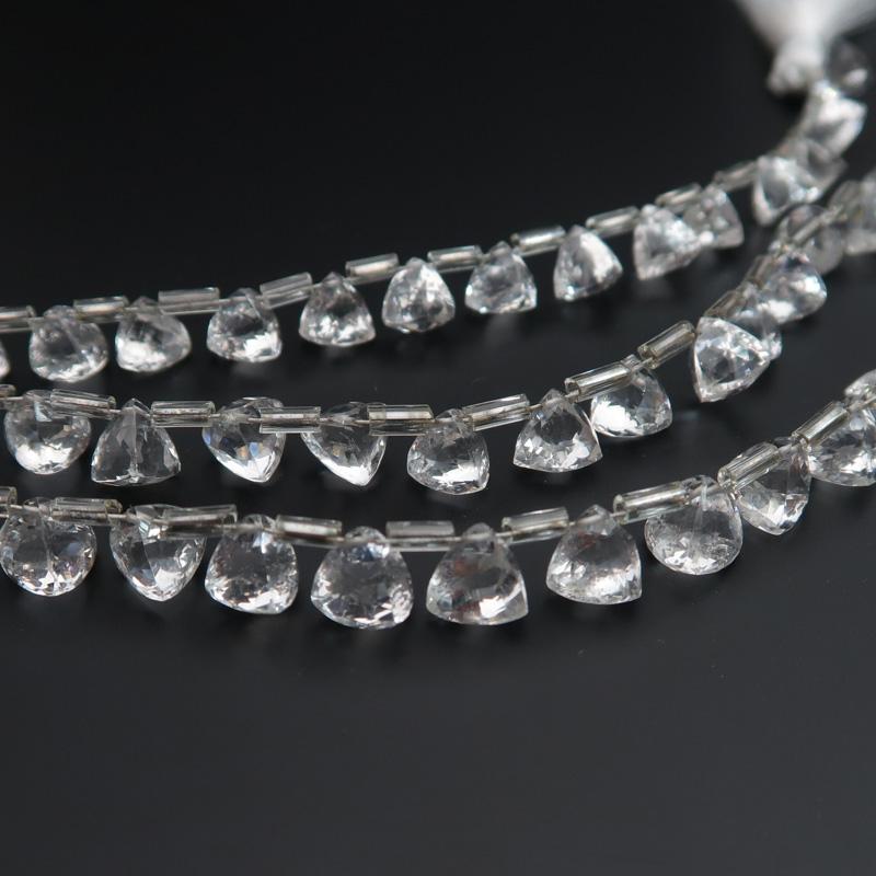 水晶AAAトライアングルカット7mm 一連売り(18粒) 石の蔵