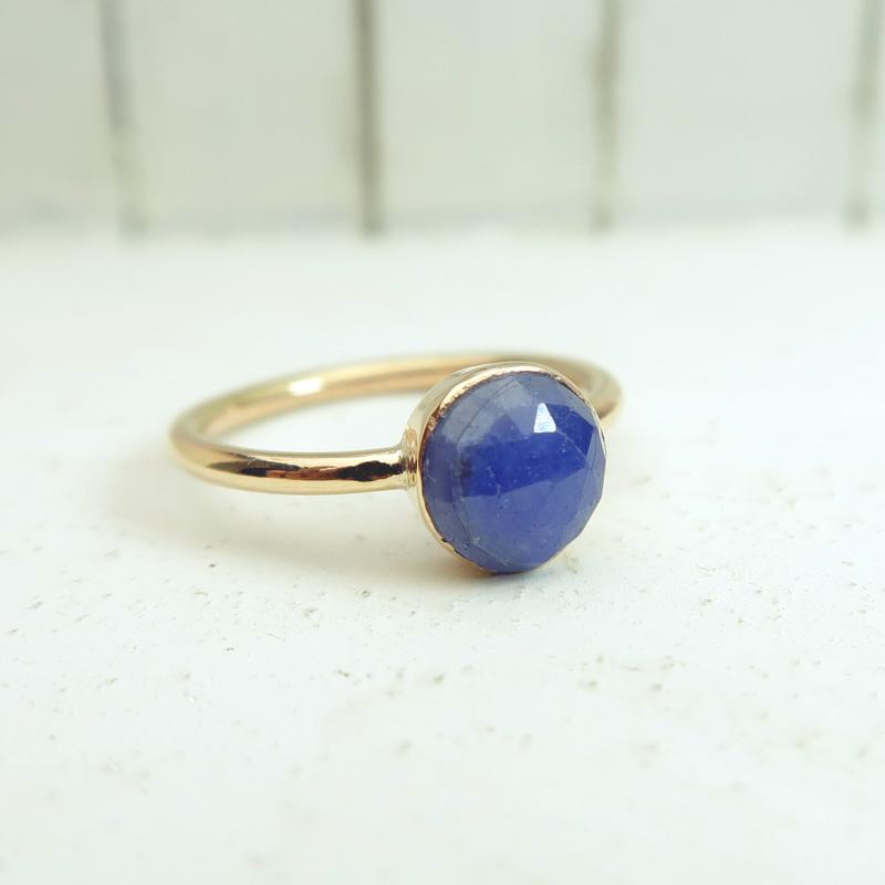 サファイア K10(10金)ゴールド リング 指輪 9号 インドジュエリー 石の蔵