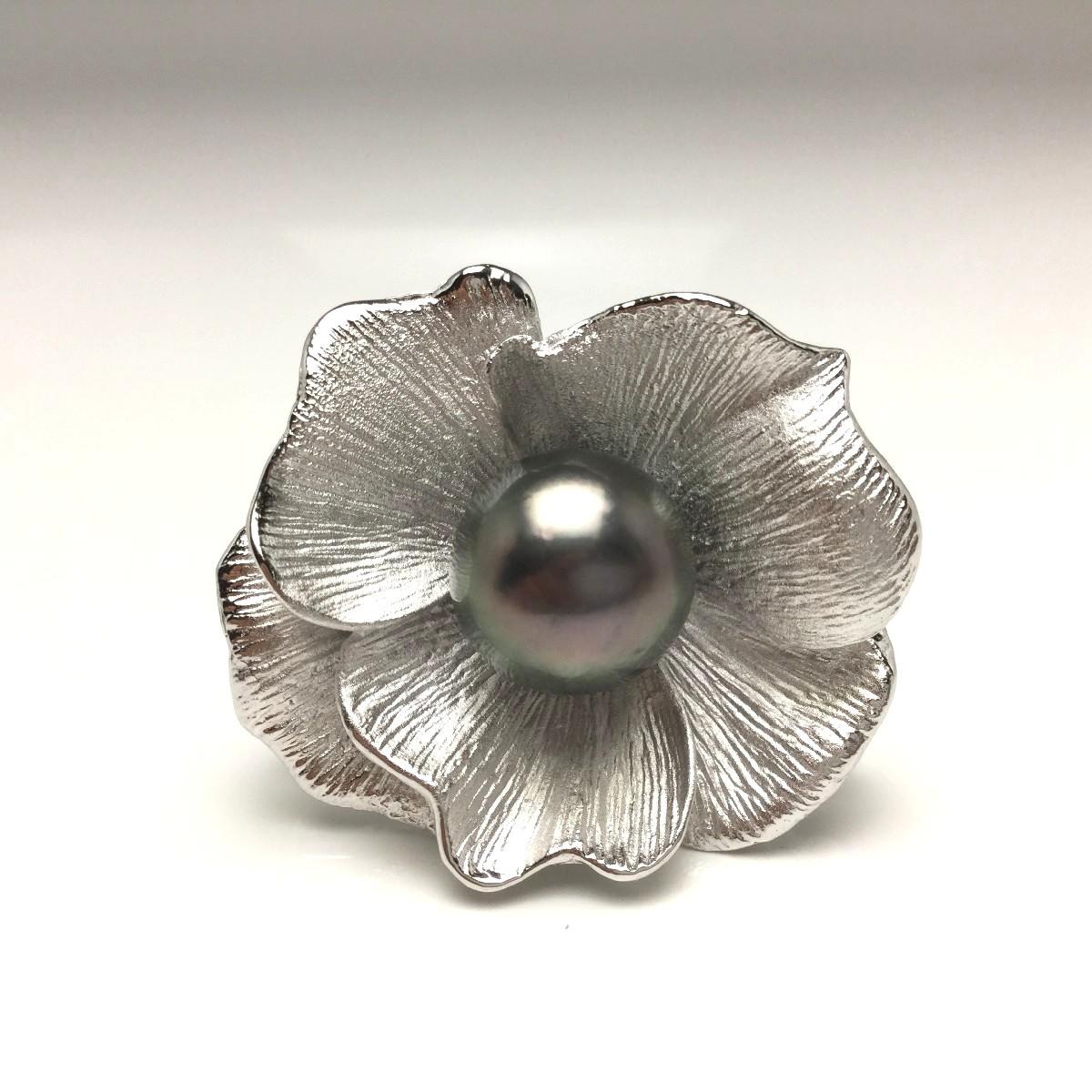真珠 ブローチ パール 黒蝶真珠 12.1mm ピーコックグリーン シルバー 66180 イソワパール