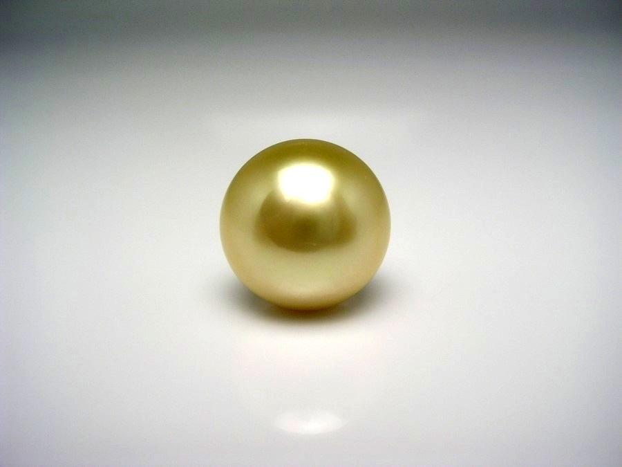 真珠 ネクタイピン パール 白蝶真珠 13.6mm ライトゴールド(ナチュラル) K18 イエローゴールド 針 53374 イソワパール