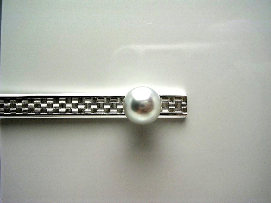 真珠 ネクタイピン パール 母の日 アコヤ真珠 9.1mm ホワイトシルバーブルー(無調色) シルバー 55019 イソワパール