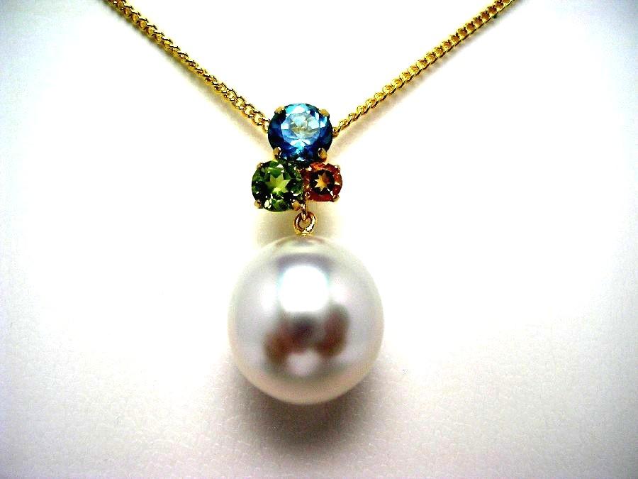 真珠 ペンダントトップ パール 白蝶真珠 11.7mm ホワイト K18 イエローゴールド 天然石 47762 イソワパール