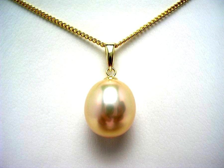 真珠 ペンダントトップ パール 淡水真珠 10.3×11.4mm メタリックホワイトオレンジ K18 イエローゴールド 53730 イソワパール
