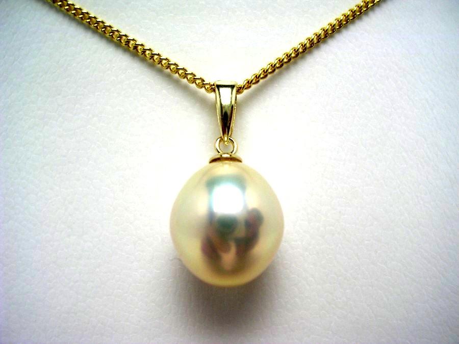 真珠 ペンダントトップ パール 淡水真珠 10.0×10.9mm メタリックホワイトオレンジ K18 イエローゴールド 56760 イソワパール