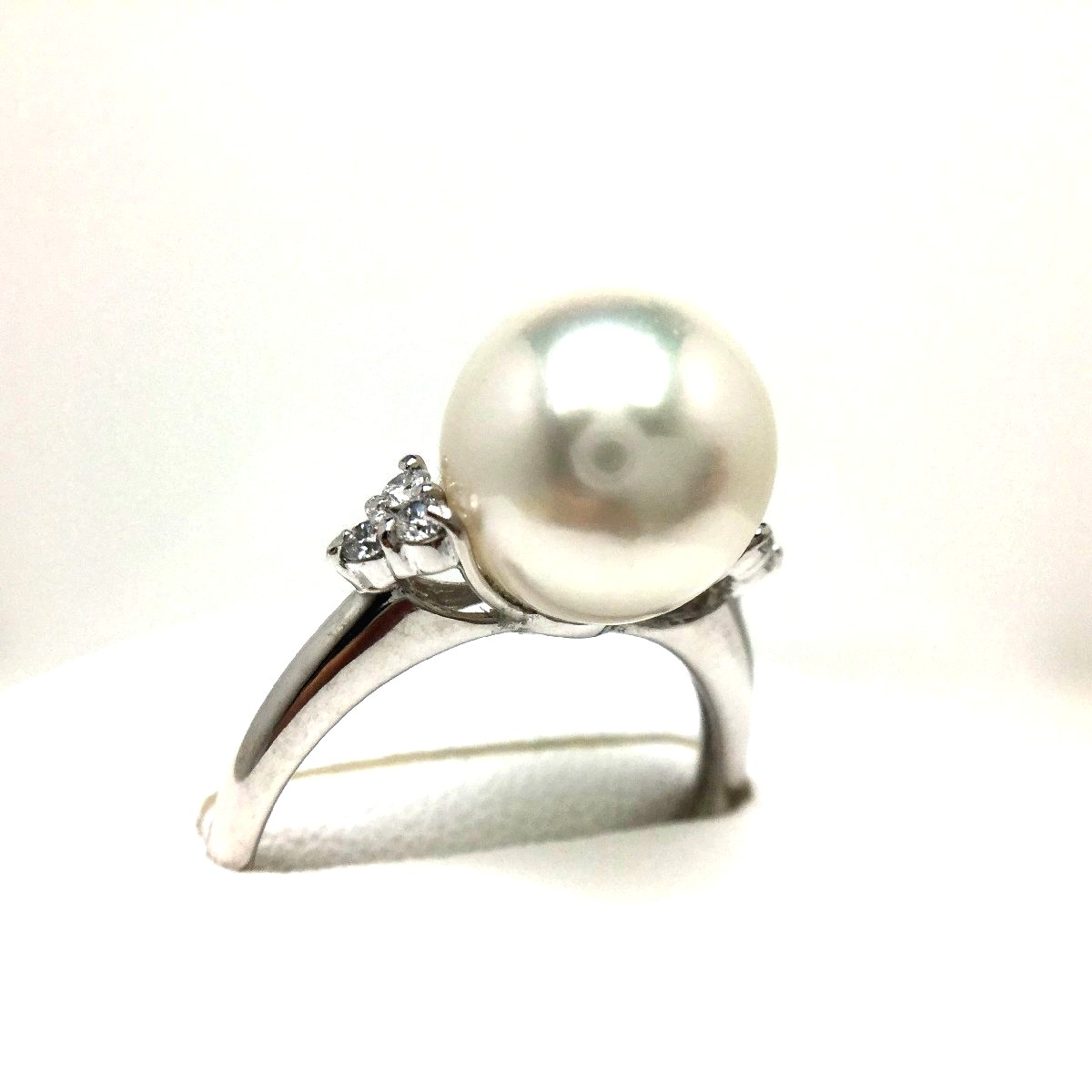 真珠 リング パール オーロラ・花珠 アコヤ真珠 9.5mm ホワイトピンク Pt900 プラチナ ダイヤ 0.10ct 66468 イソワパール
