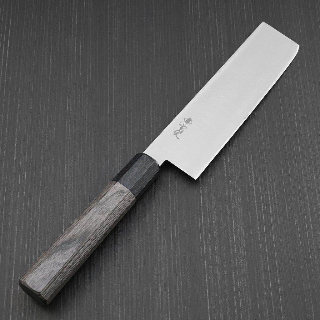 驚愕の長切れHAP40と本刃付けが鋭い切れ味を提供します 包丁 菜切 菜切り 165mm HAP40 寛丈 プロ仕様 粉末ハイス マーケット 引き出物 グレー八角柄 日本製 本刃付け 関市