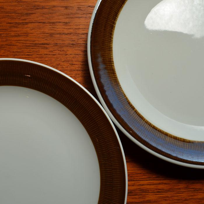 Rorstrand KOKA 誕生日 お祝い 高品質 Brown 癒やしの優しいブラウン Φ21cm ケーキプレート2枚セット ヴィンテージ陶器 ロールストランド 中古 コカブラウン 21センチプレート2枚セット RORSTRAND