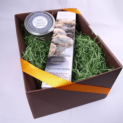 ウルバーニ社 白トリュフ オイル 250ml 白 トリュフ塩 100g セット 高級 ギフト ボックス付 イタリア産 プレゼント 内祝い 引き出物