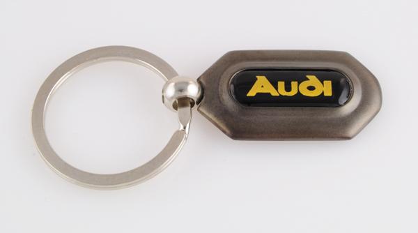 アウディAUDIのキーホルダー(ガンメタ)